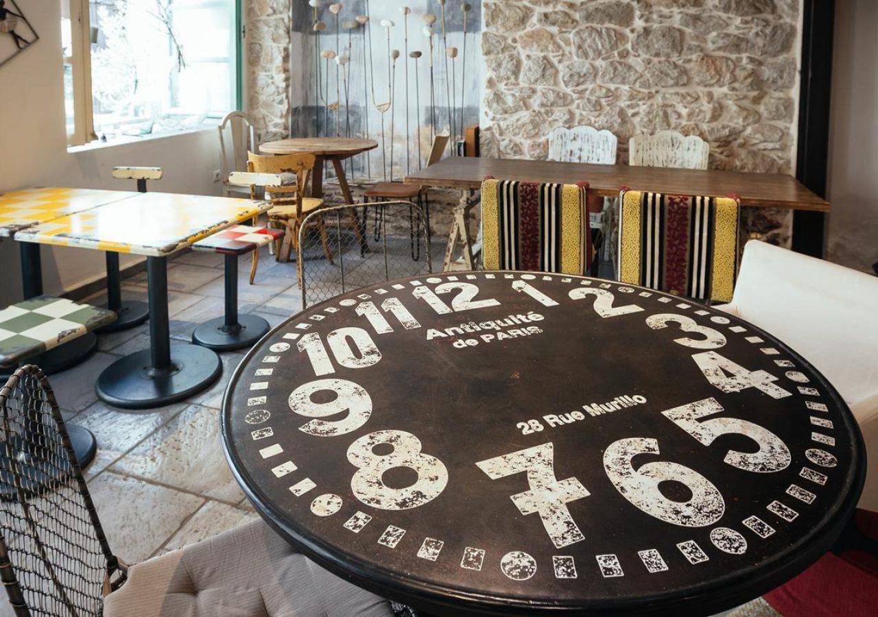 adiandi cafe - Amymone Guesthouse